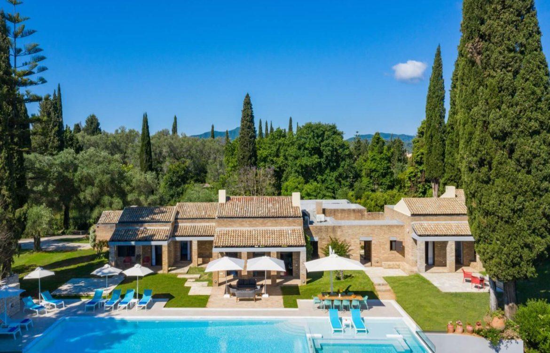 A FEATURED Villa Ionio 3